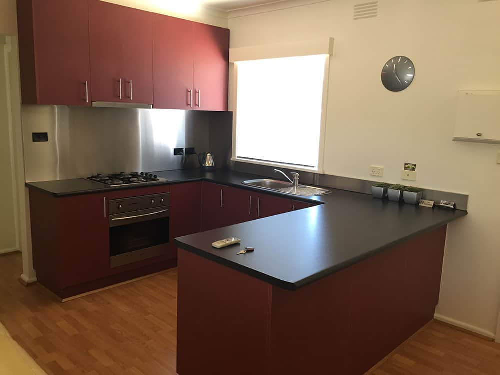 shepparton accommodation with kitchen