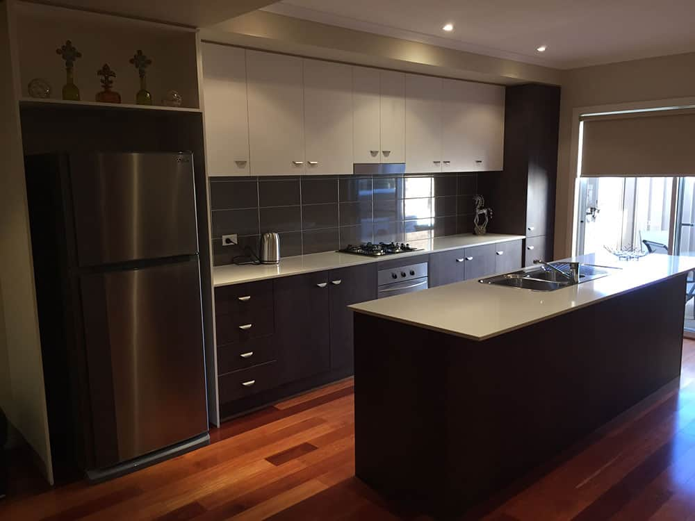 accommodation with kitchen in shepparton
