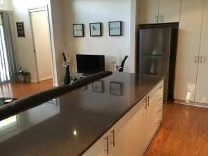 accommodation with lounge room in shepparton